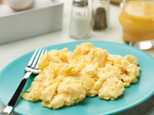 Intro To Keto: Kickstart Keto Organic Scrambled Eggs via wannaliv.com