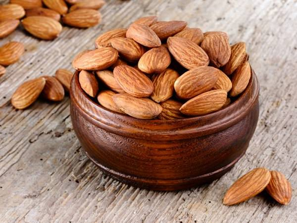 High Protein Foods: Almonds